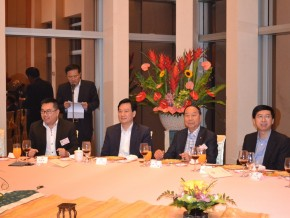 Our President, Dr. Lee Yuk Lun, JP, led the chairmen of different districts to visit Lin Wu, Vice Director of Liaison Office of the Central People's Government in the Hong Kong S.A.R. (05/2013)